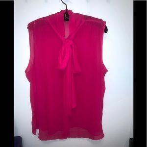 Eva Mendez Sheer sleeveless blouse